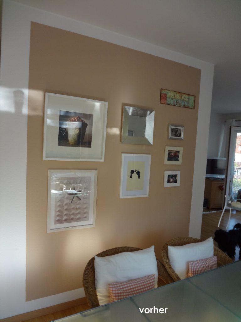 Essbereich Wand vor Umgestaltung mit Bildern auf hellbraunem Hintergrund