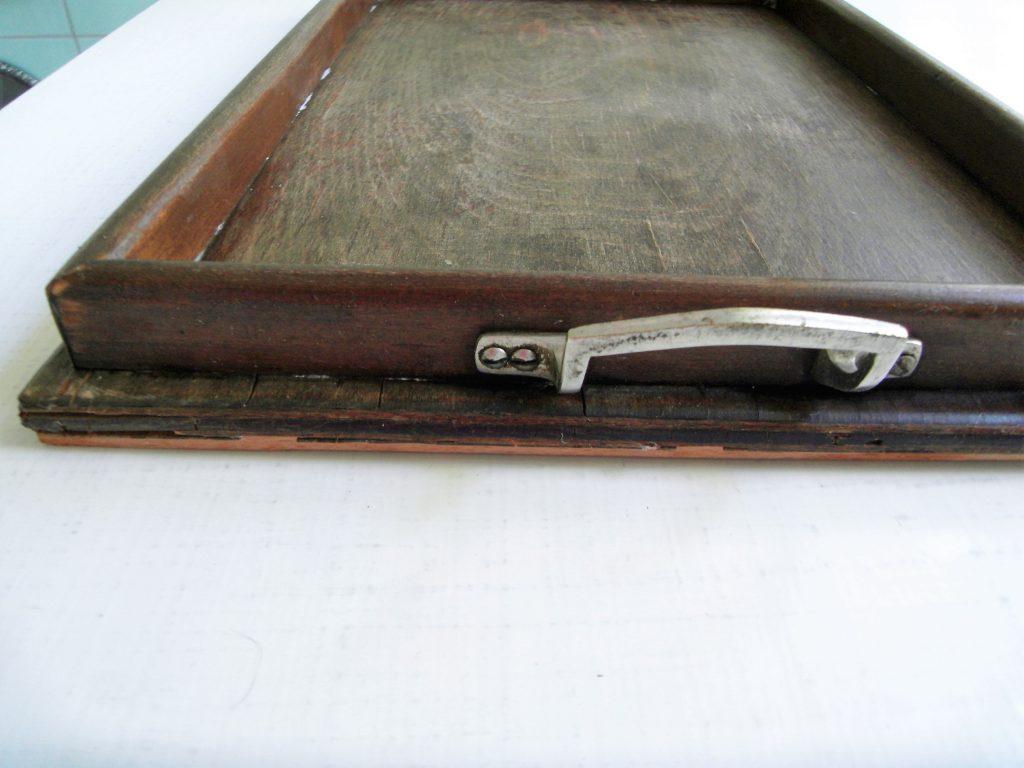 altes Flohmarkt-Tablett vorher mit kleinem Griff